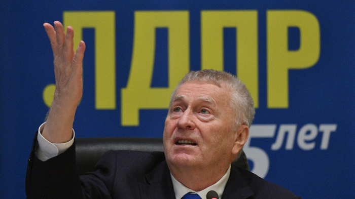 Жириновский возглавит список ЛДПР на выборах в Госдуму