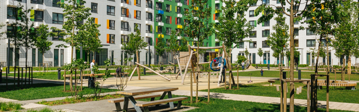 Два дома с кладовыми готовят к вводу в ЖК «Бунинские луга»