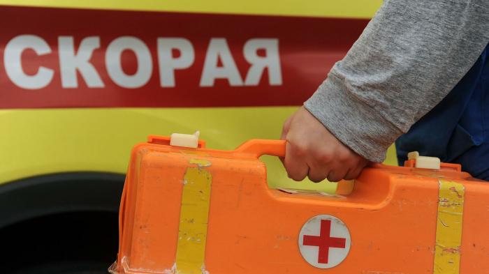 В Санкт-Петербурге столкнулись минивэн и маршрутка