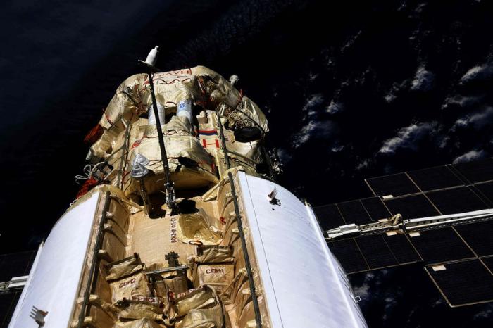 Грузовой корабль «МС-17Прогресс» успешно перепарковался наМКС