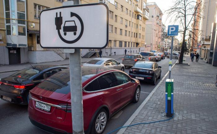 Аналитики и власти разошлись в оценках российского рынка электромобилей